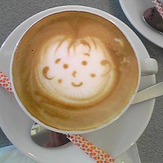 カフェでのサプライズ!